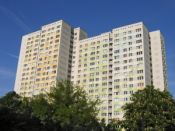 1350210_large_apartment_skyscraper.jpg